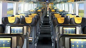 Vonattal Prágába, Bécsen keresztűl